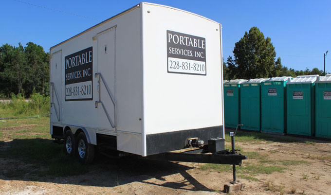 Portable restroom rental in New Orleans